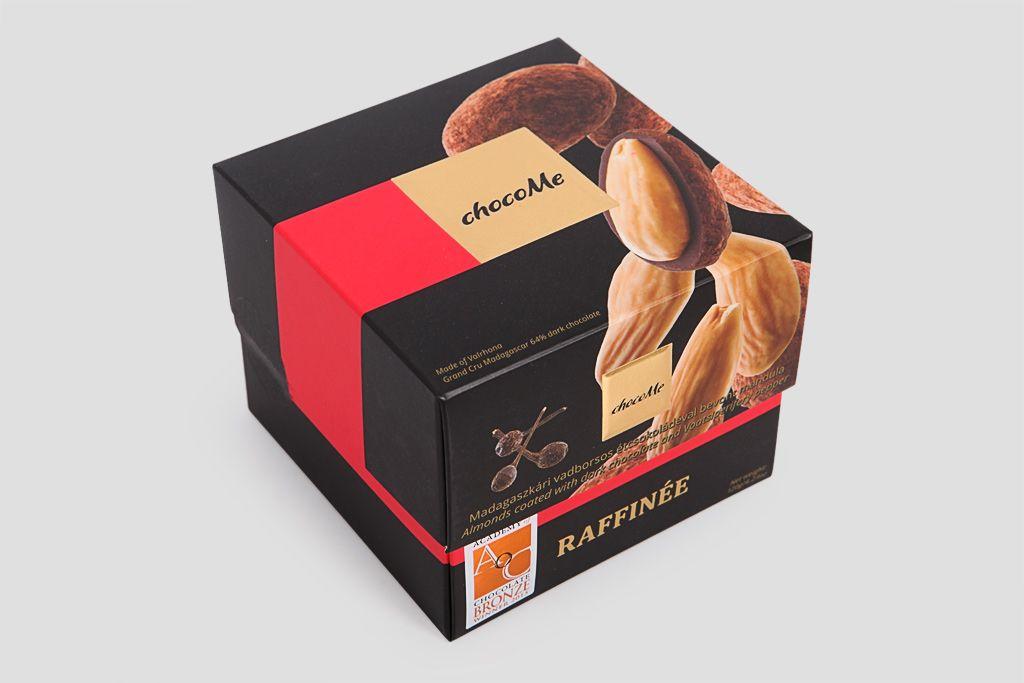 Миндаль в горьком шоколаде Valrhona ChocoMe фото