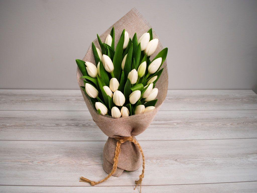 Букет Олд фэшн (белые тюльпаны) фото