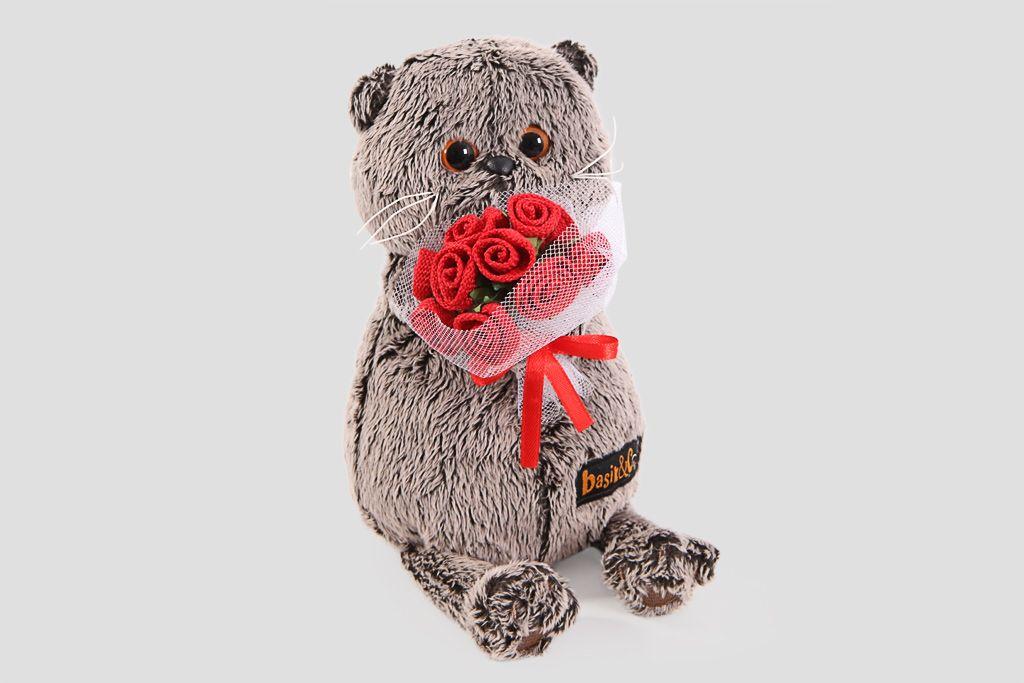 Кот Басик с букетом роз (малый) фото