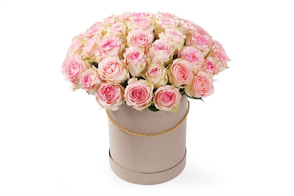 Букет 51 роза Эсперанс в шляпной коробке фото