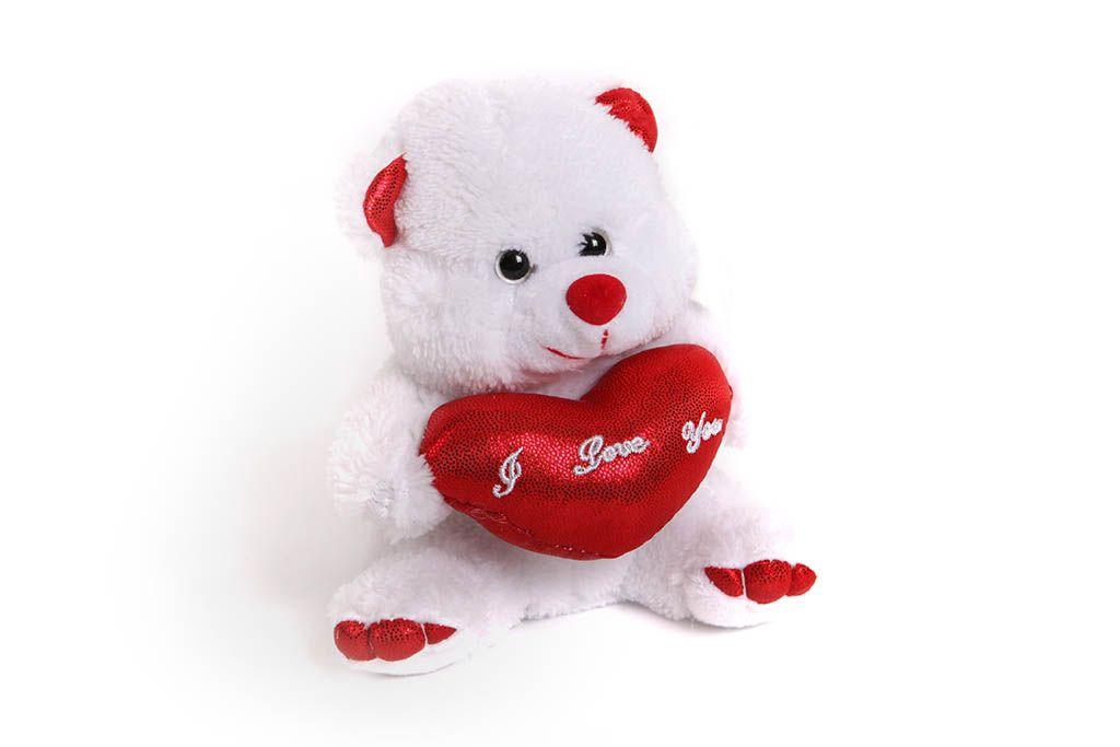 Мишка белый с красным сердцем фото