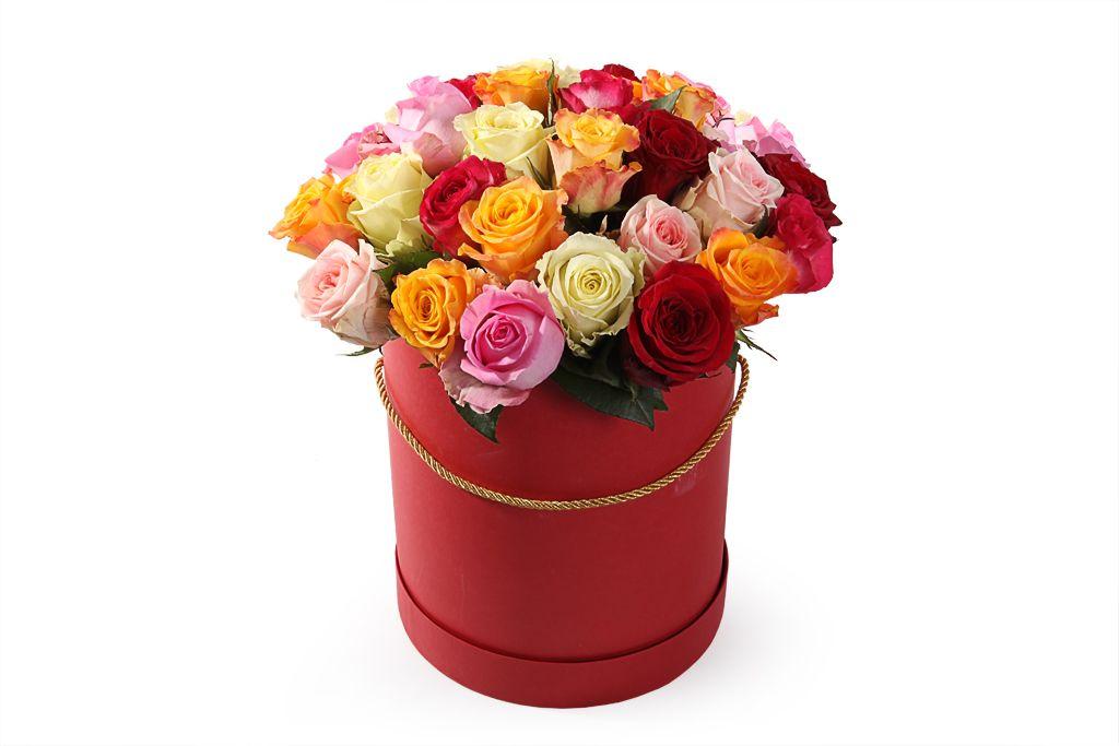 Букет Фламандская легенда (35 роз) в красной коробке фото