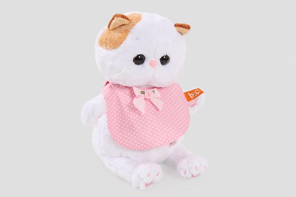 Кошка Ли-Ли Baby в розовом слюнявчике фото