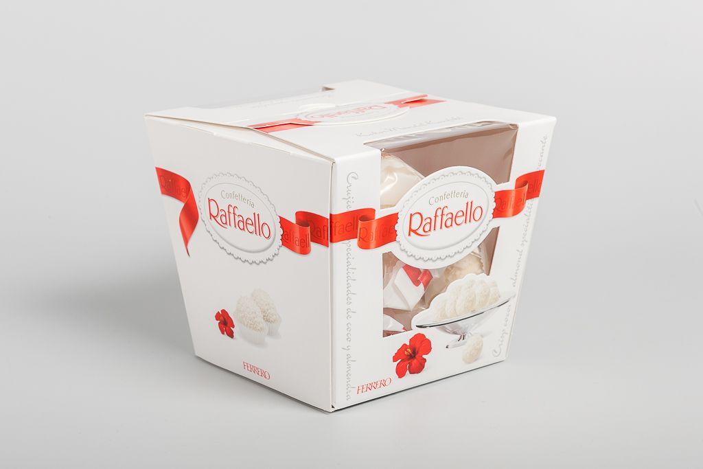 Набор конфет Raffaello, 150 г фото