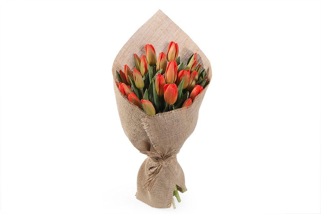 Букет Олд фэшн (красно-оранжевые тюльпаны) фото